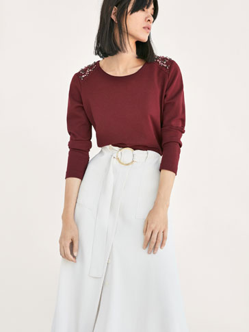 SWEATSHIRT WITH GEM SHOULDER DETAIL