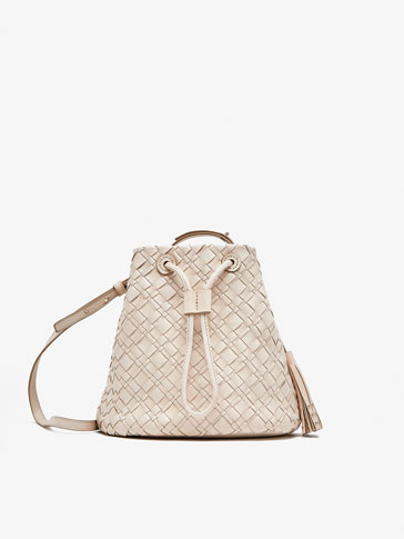 BUCKET BAG WITH PLAITED DETAIL