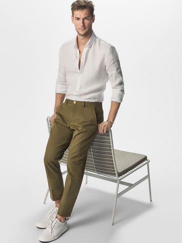 CASUAL FIT CHINOS WITH YOKE DETAIL