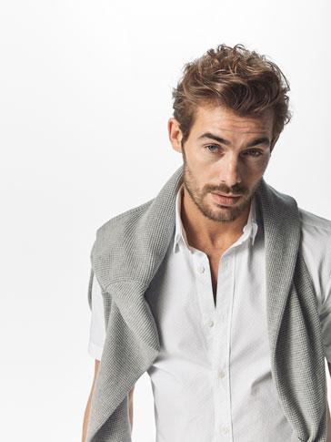 슬림 핏 패턴 디테일 화이트 셔츠