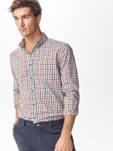 SHIRT WITH RED CHECK DETAIL
