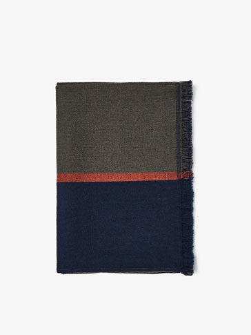 REVERSIBLE WOOL SCARF WITH CENTRAL STRIPE DETAIL