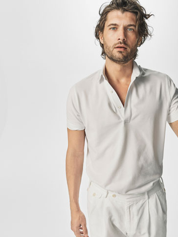 PLAIN POLO SHIRT WITH BUTTON DETAIL