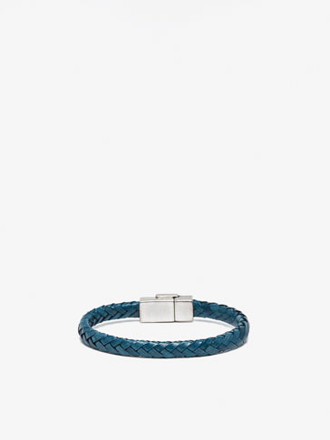 LEATHER BRACELET WITH TUBULAR PLAITING DETAIL