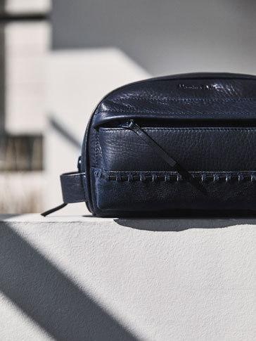 CONTRAST LEATHER TOILETRY BAG WITH STITCHING DETAIL
