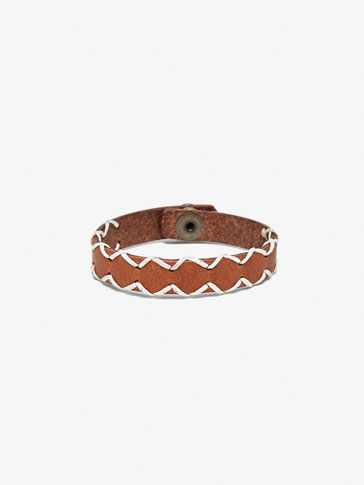CONTRAST LEATHER BRACELET