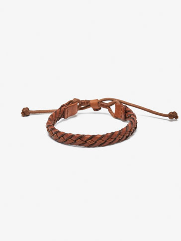 LEATHER BRACELET WITH EMBLEM DETAIL
