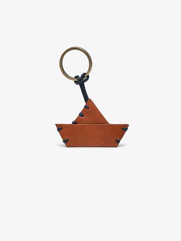 حمالة مفاتيح جلد قارب