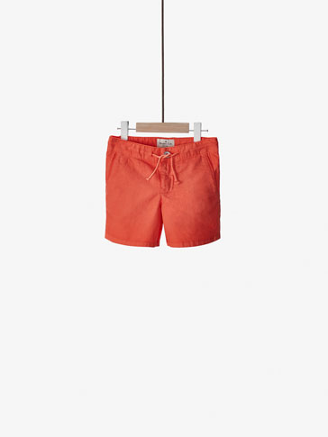 COLOURFUL BERMUDA SHORTS WITH DRAWSTRING DETAIL