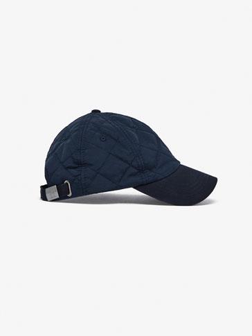 قبعة ممزوجة منجدة