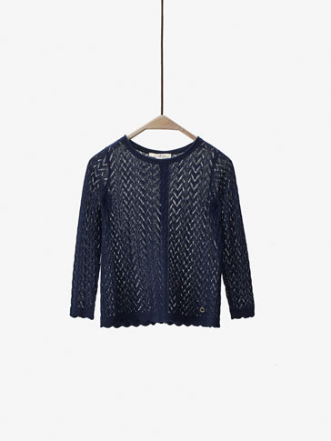 SWEATER WITH WAVY DETAIL