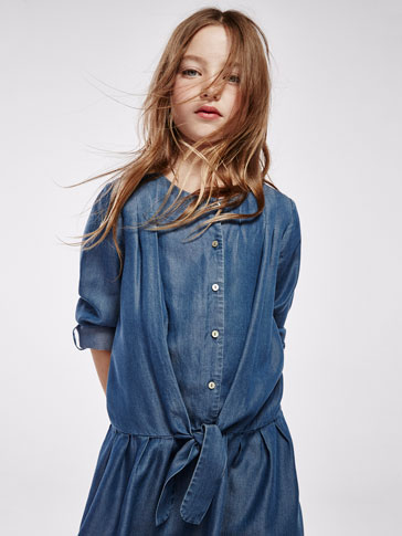 DENIM DRESS WITH PLEATS AND BOW DETAIL