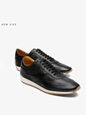SNEAKERS WITH BLACK LEATHER STRIPE