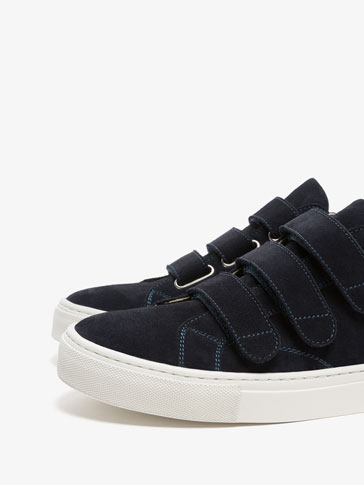 BLUE LEATHER SNEAKERS WITH STRAPS