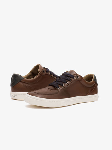 BROWN LEATHER PLIMSOLLS