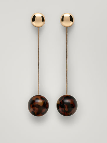 EARRINGS WITH TORTOISESHELL DETAIL