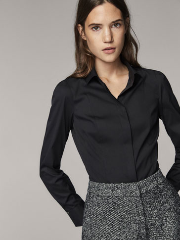 STRETCH FIT SOLID SHIRT WITH SEAM DETAIL