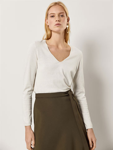 BASIC V-NECK SILK AND COTTON SWEATER