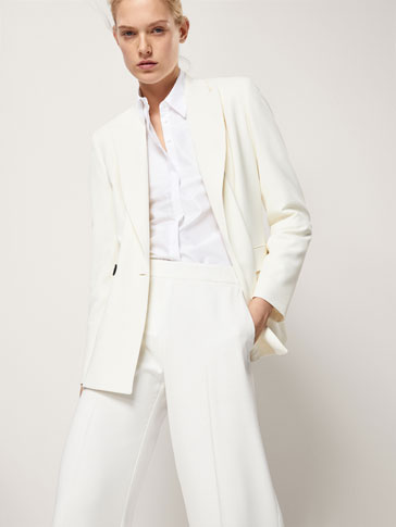 SLIM FIT TEXTURED WEAVE DOUBLE-BREASTED BLAZER