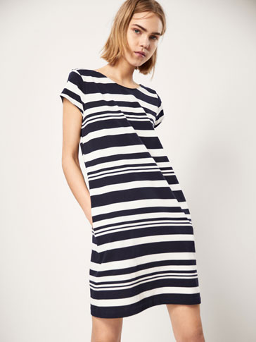 STRIPED DRESS WITH TIED BOW DETAIL