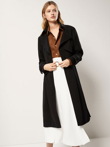 BLACK FLOWING TRENCH COAT