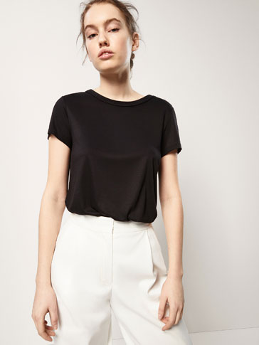T-SHIRT WITH GOLD BUTTON DETAILS