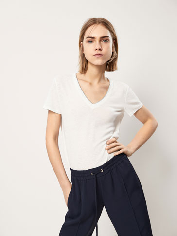 LINEN T-SHIRT WITH SHIMMERY DETAIL