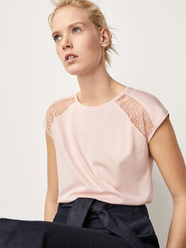 T-SHIRT WITH LACE TRIMS ON THE SHOULDERS