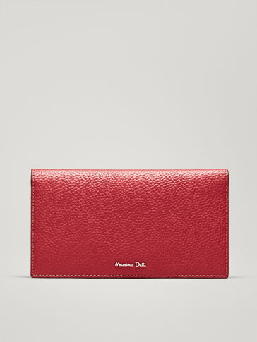 LEATHER PURSE WITH EMBOSSED DETAILING