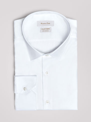 TRAVEL COLLECTION TAILORED FIT PLAIN TWILL SHIRT