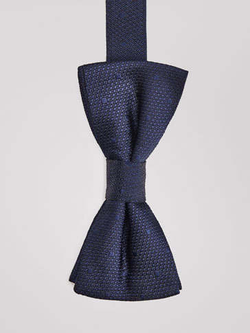 POLKA DOT SILK BOW TIE WITH TEXTURED WEAVE