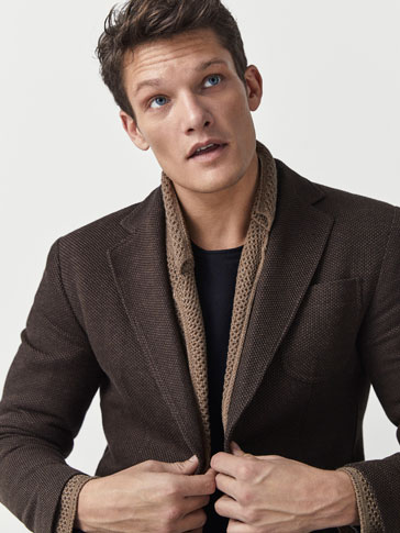 SLIM FIT TEXTURED WEAVE BLAZER