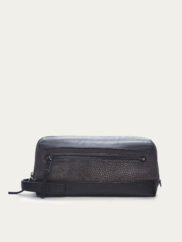 CONTRASTING NUBUCK LEATHER TOILETRY BAG