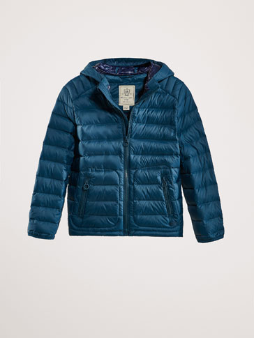 DOWN JACKET WITH CONTRASTING DETAIL