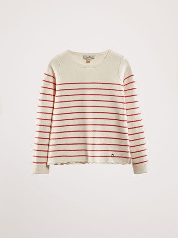STRIPED SWEATER WITH SCALLOPED EDGE HEM