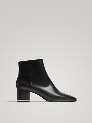 BLACK MID-HEEL ANKLE BOOTS WITH METHACRYLATE DETAILING