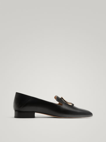 BLACK LEATHER LOAFERS WITH RING DETAIL