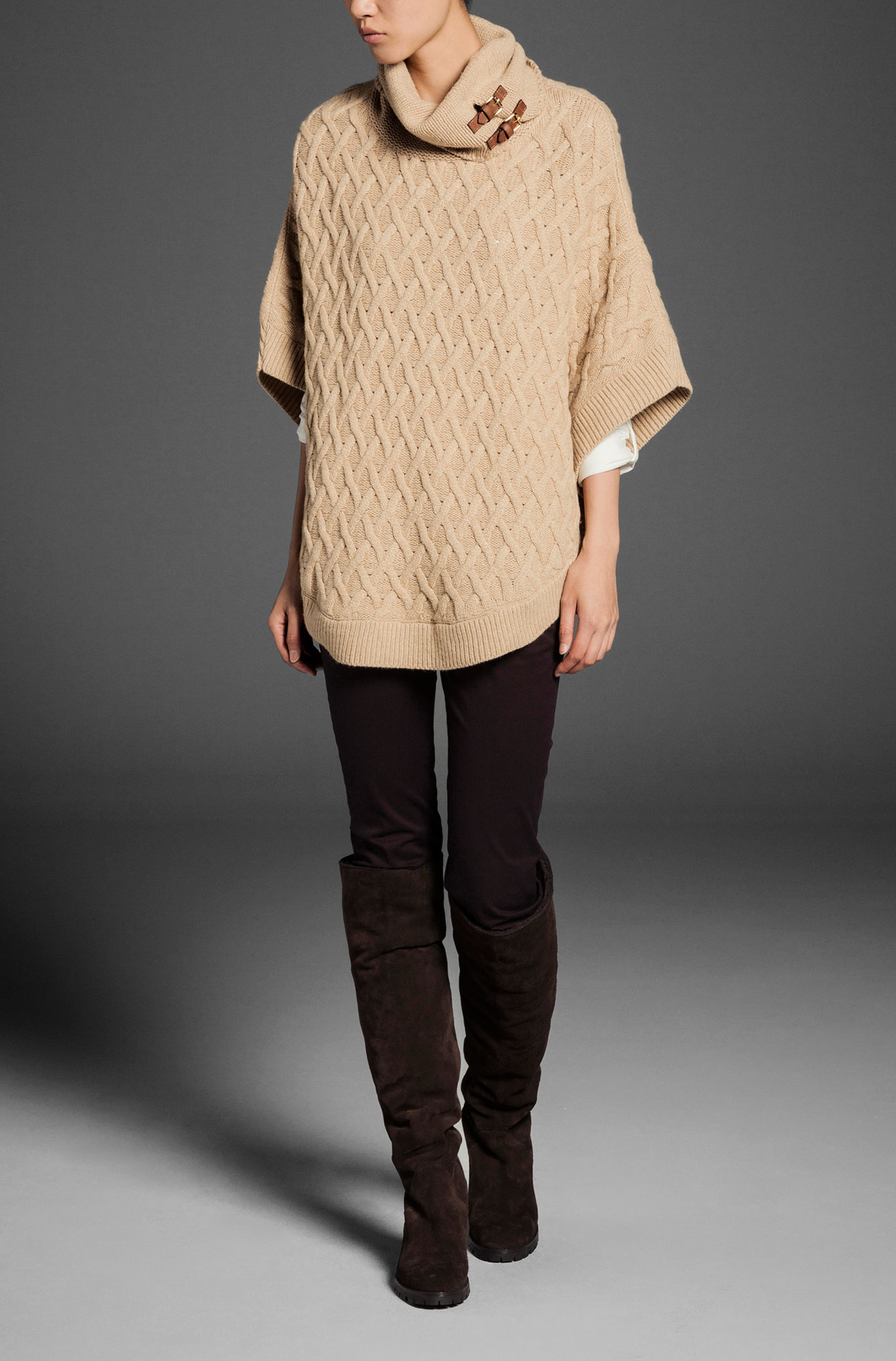 http://static.massimodutti.net/3/photos/2013/I/0/1/p/5658/611/704/5658611704_1_1_1.jpg?timestamp=1378294541757