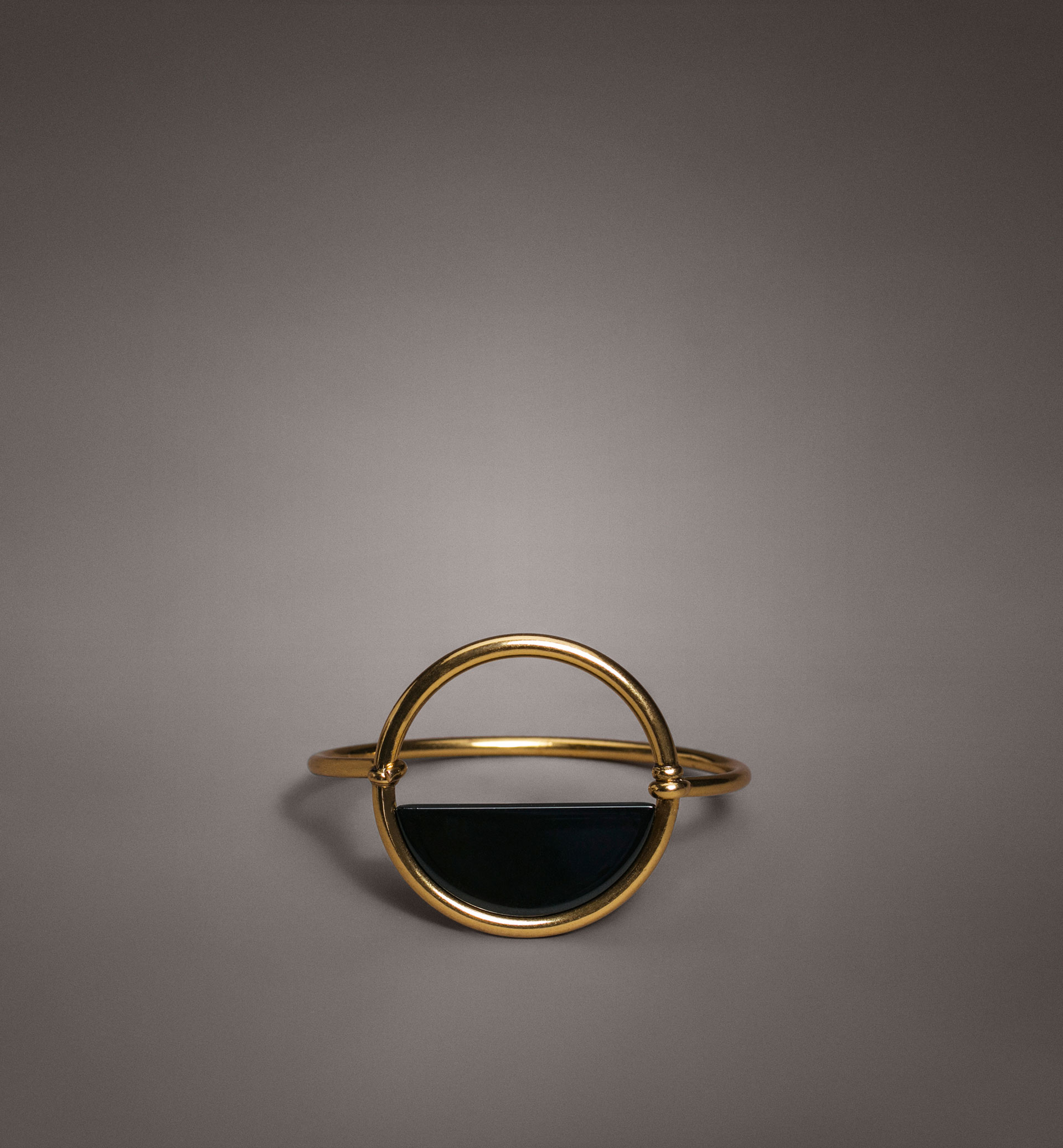 LIMITED EDITION CIRCULAR AND ENAMEL DETAIL BRACELET