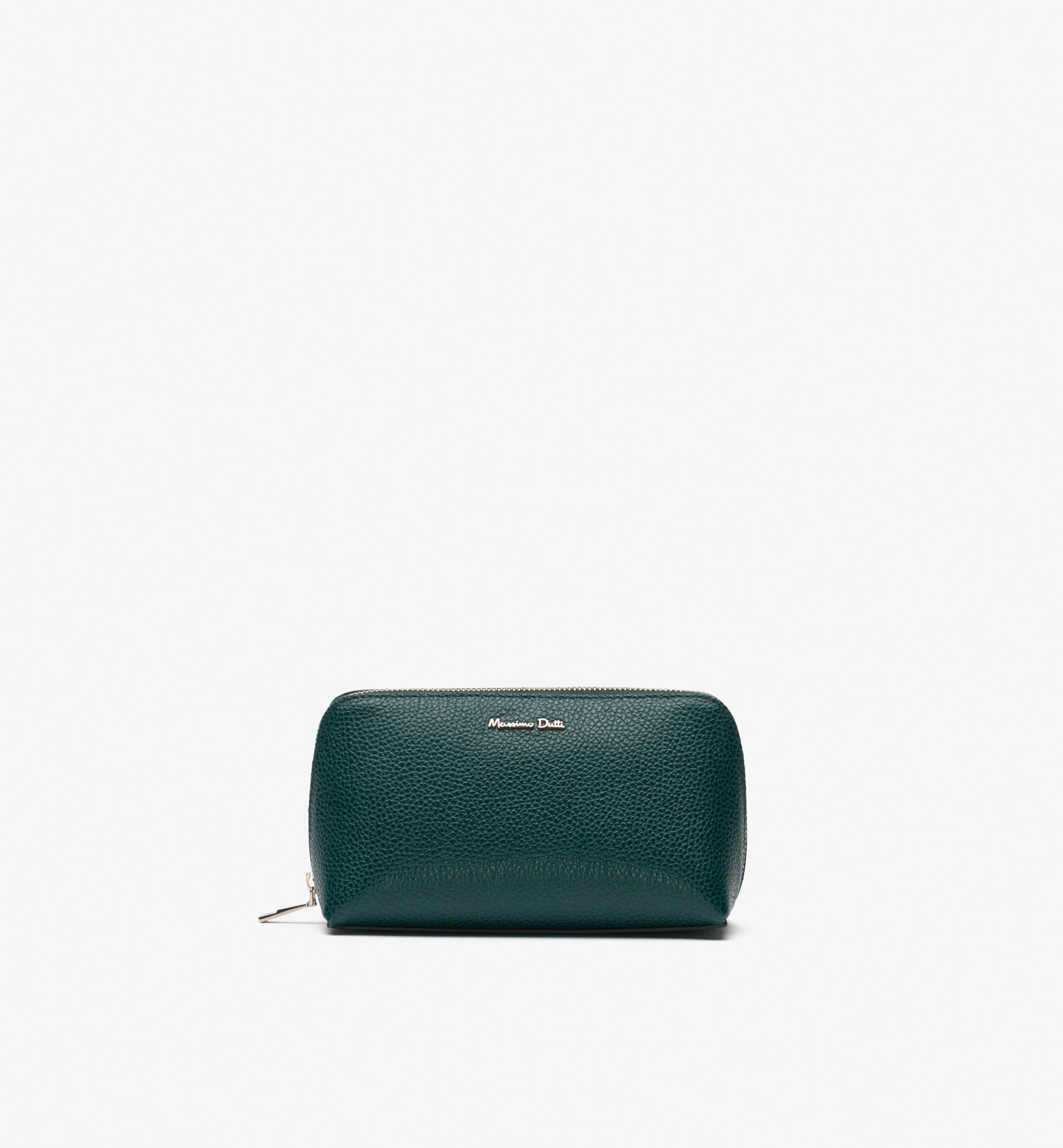 EMBOSSED LEATHER TOILETRY BAG