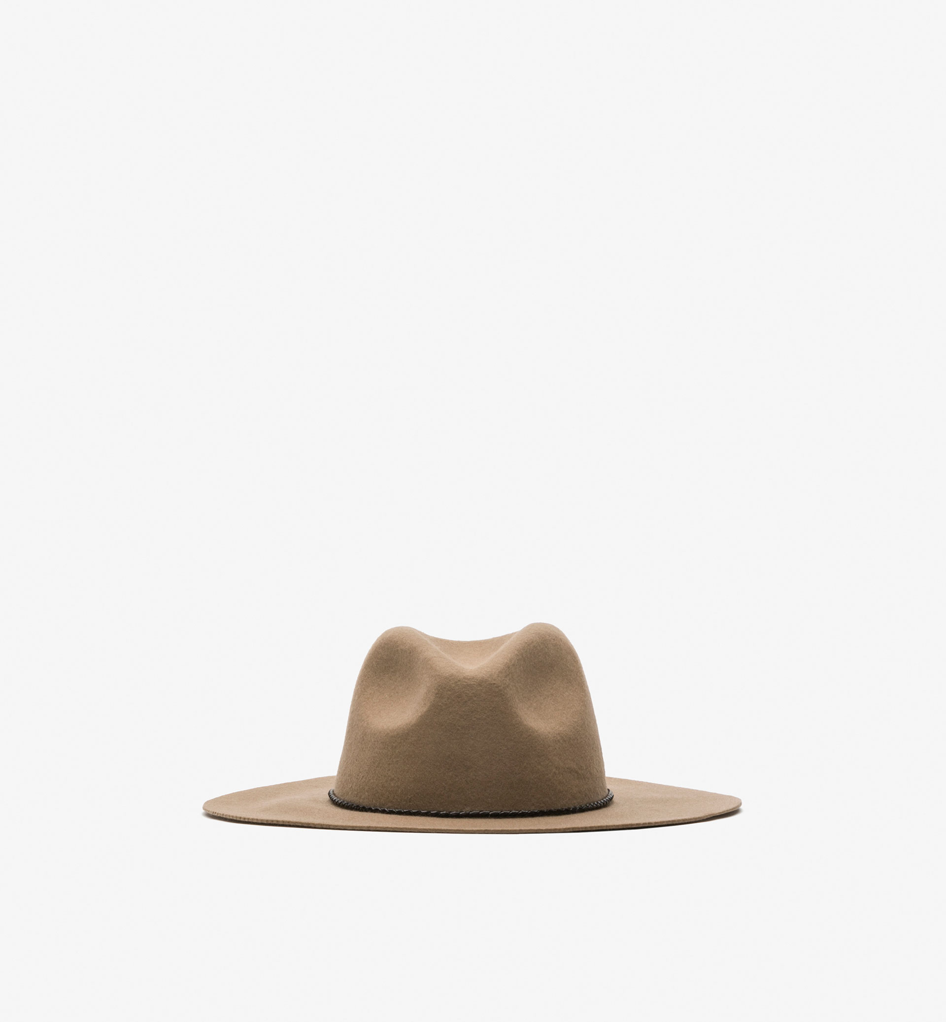 BRAIDED LEATHER CAMEL HAT
