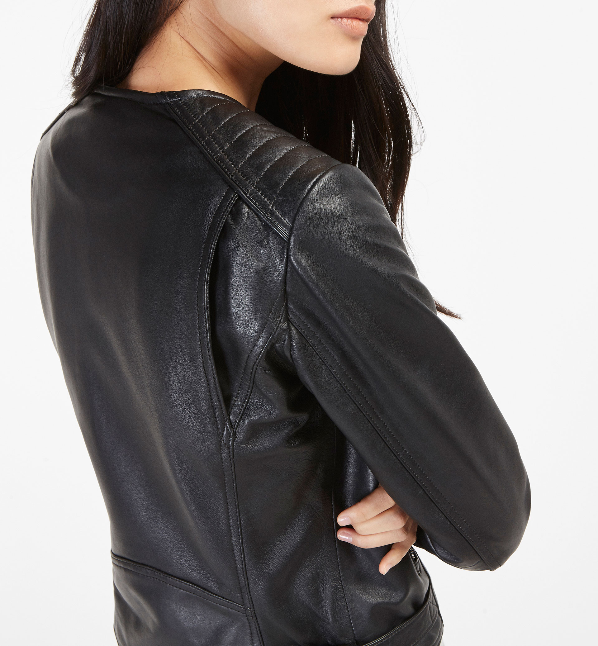 BLACK LEATHER JACKET WITHOUT COLLAR