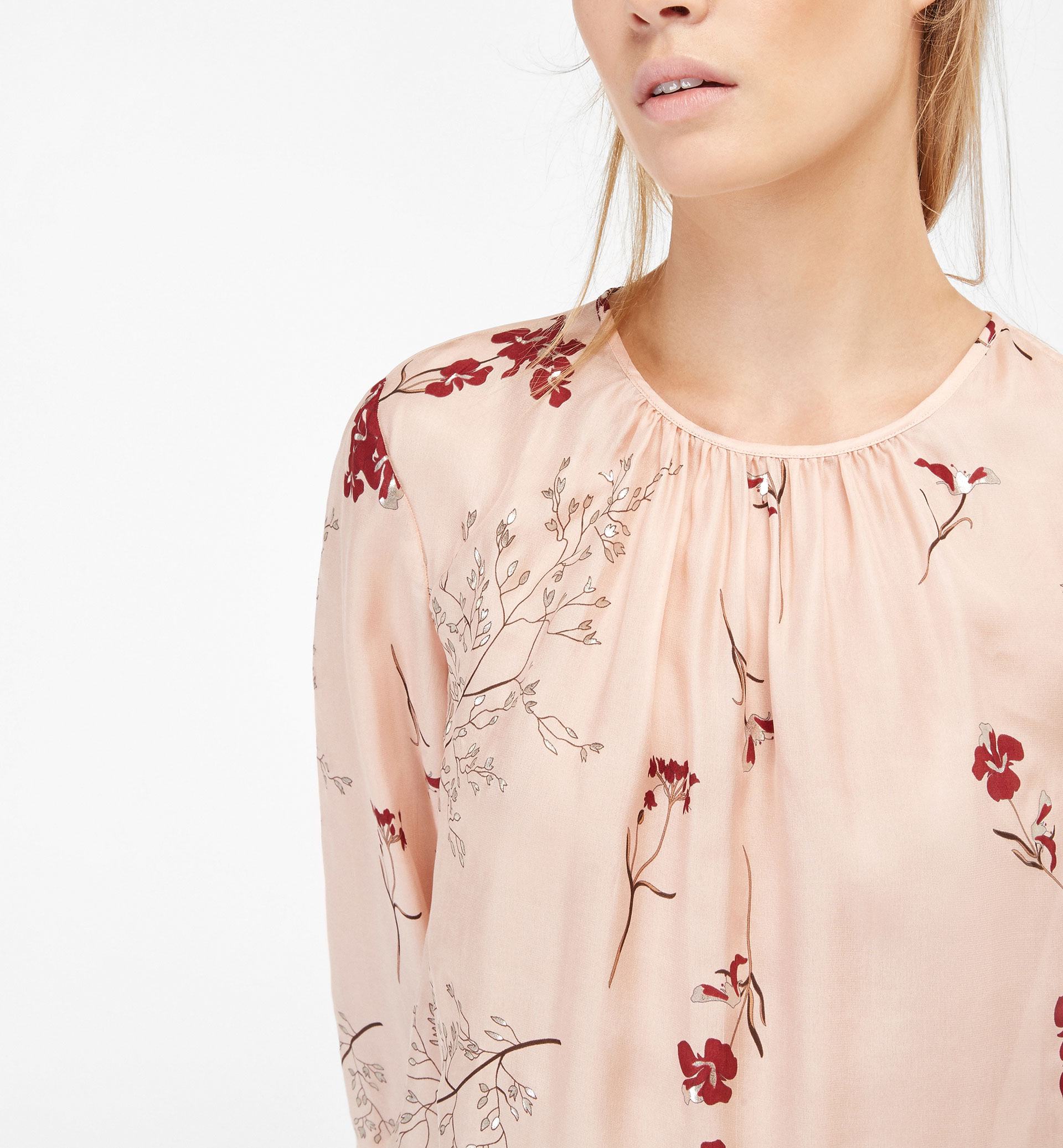 PRINTED BLOUSE WITH SILVER-TONED DETAILS