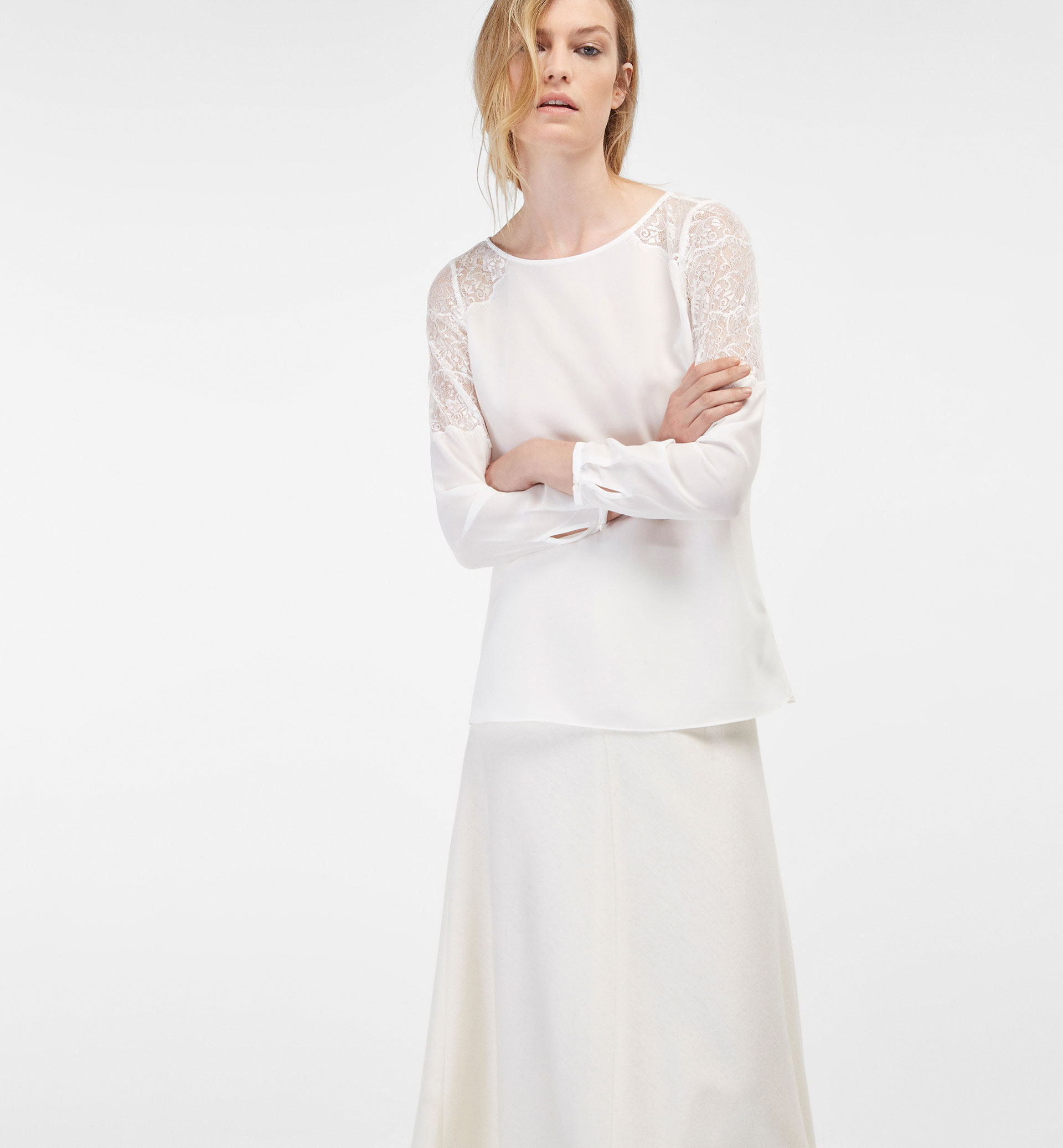 SHIRT WITH LACE-TRIMMED SLEEVES