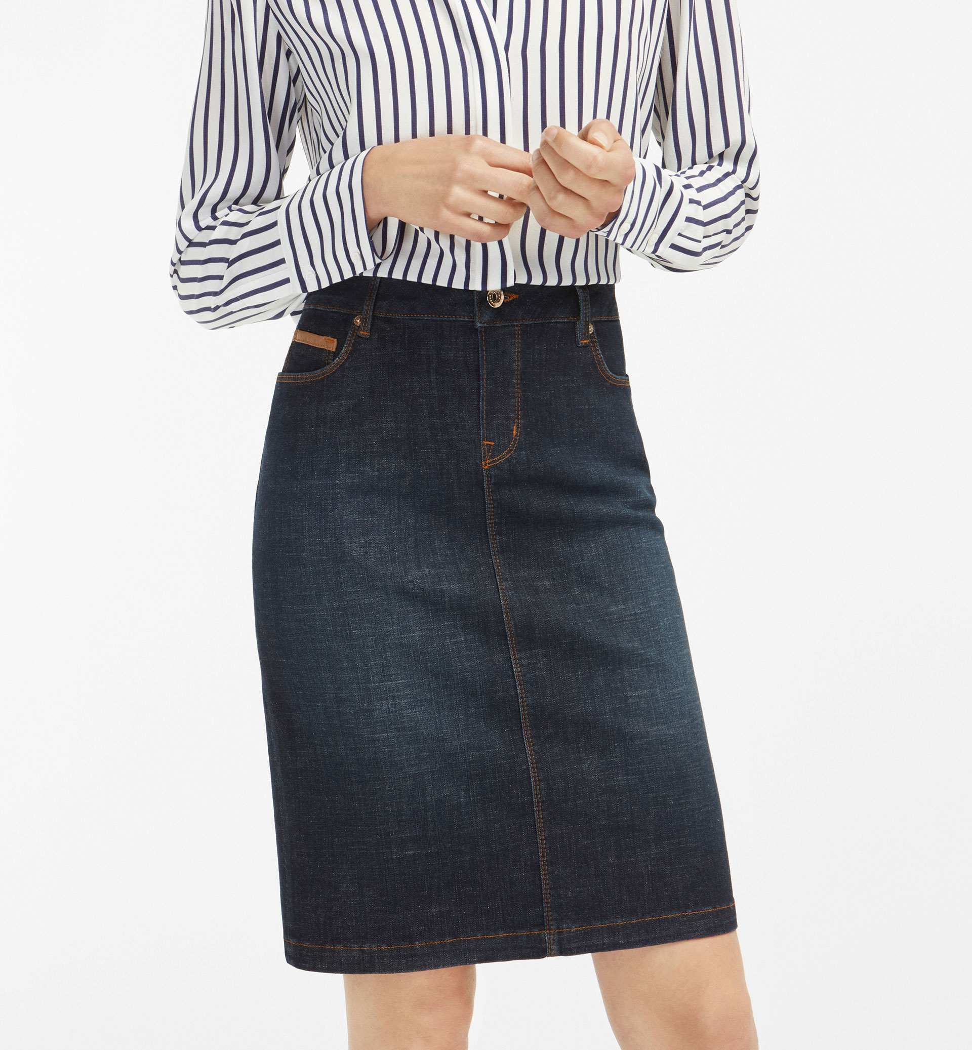 DENIM PENCIL SKIRT WITH LEATHER DETAIL