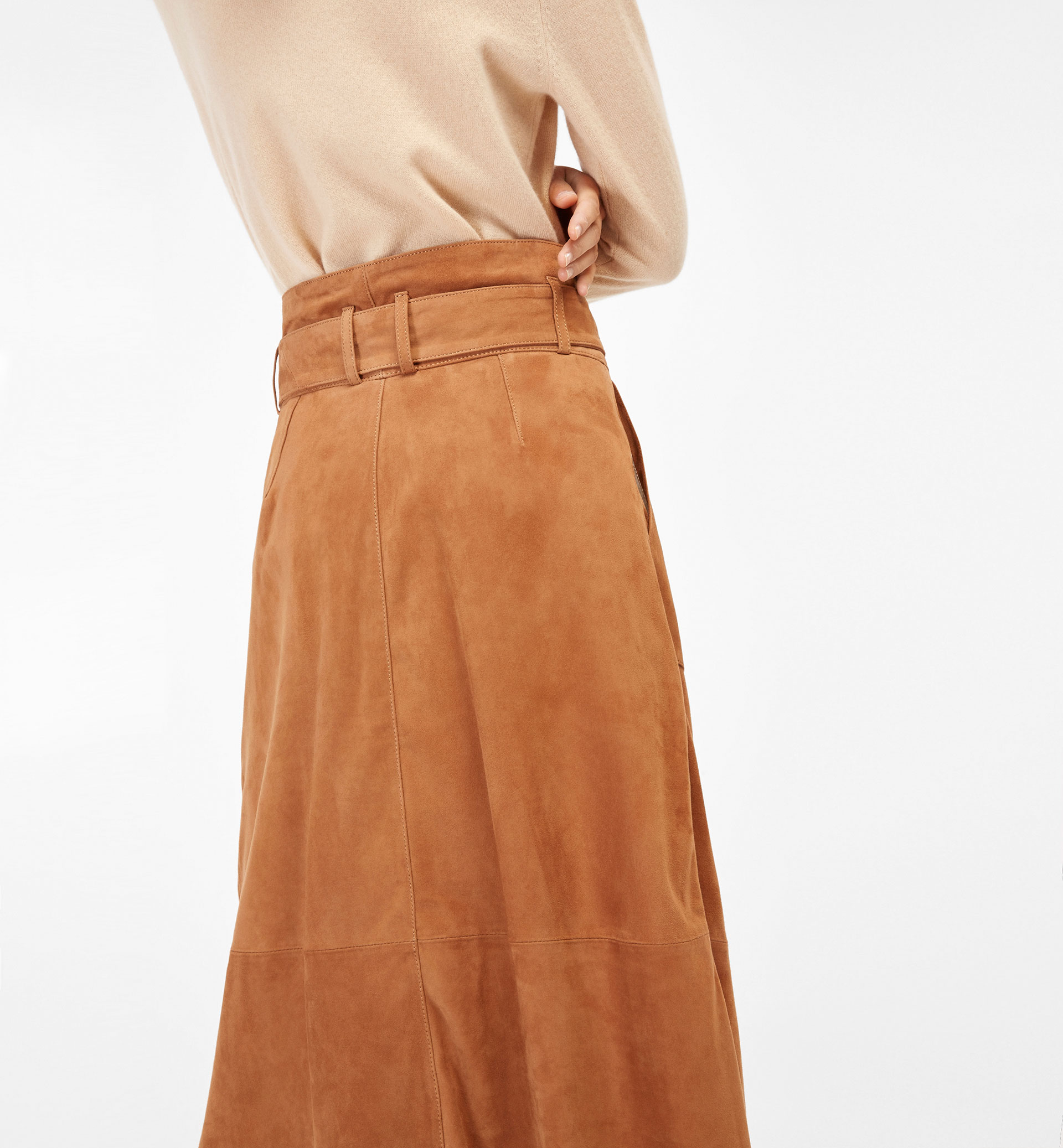 SUEDE SKIRT WITH BELT DETAIL