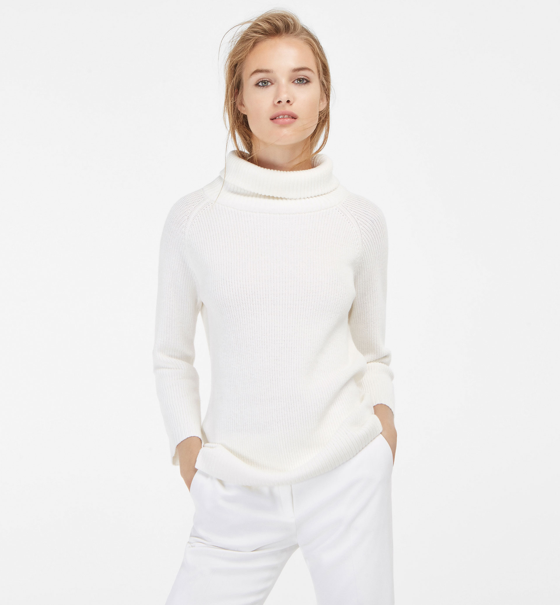 PEARL KNIT SWEATER WITH POLO NECK