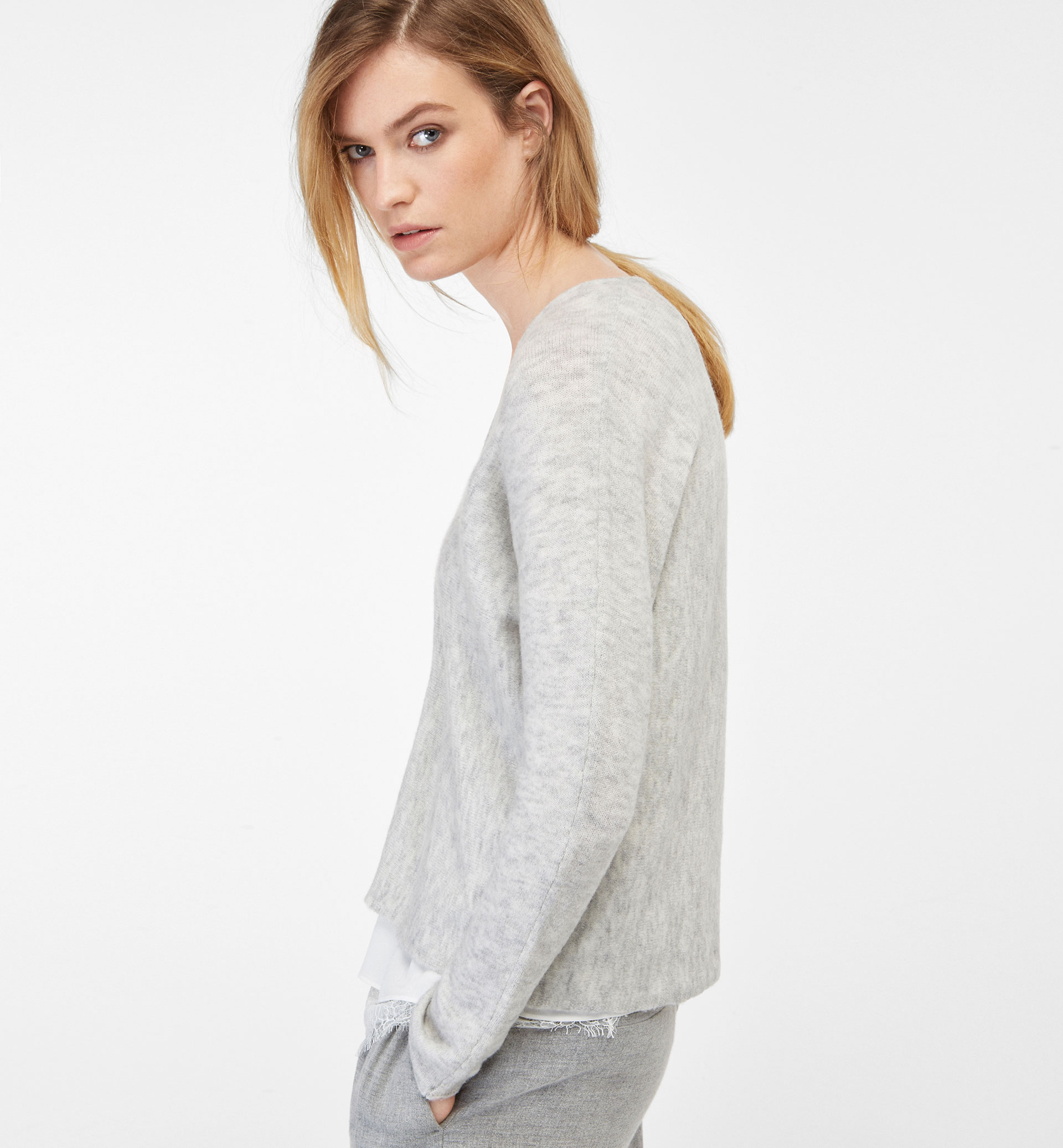 CAPE-STYLE SWEATER