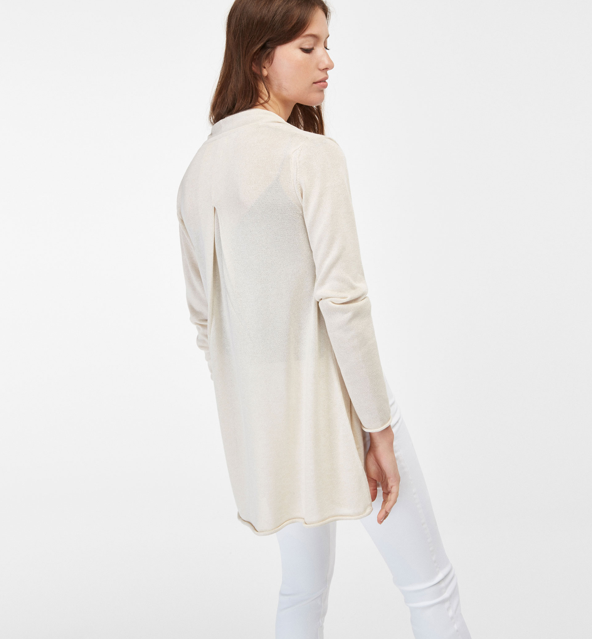 CARDIGAN WITH PLEAT DETAIL AT THE BACK