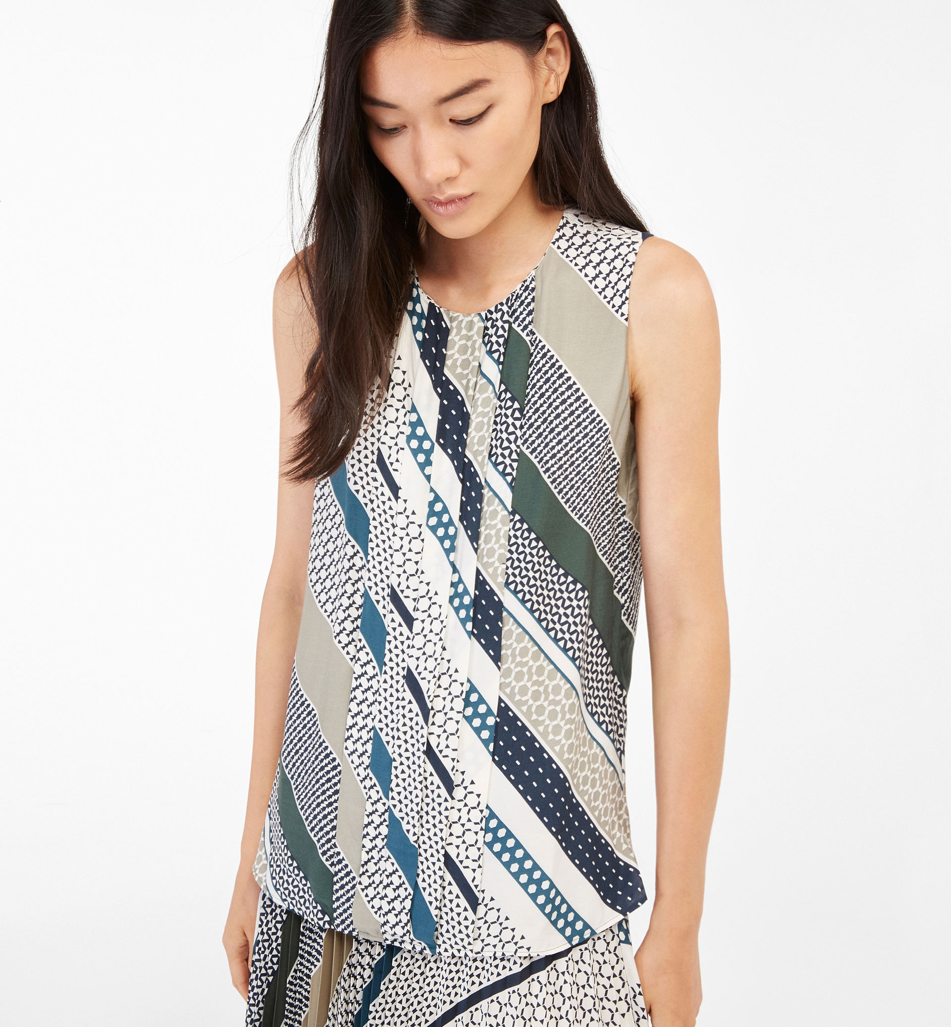 STRIPED PRINT TOP WITH FRONT PLEAT DETAIL